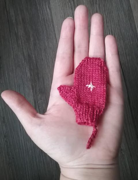 tiny mitten